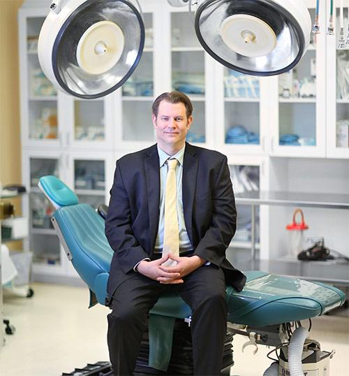Dr. Alan Durkin